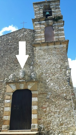 Chiesa San Giovanni Evangelista e stemma Paternò-Castello ad Aidone Enna