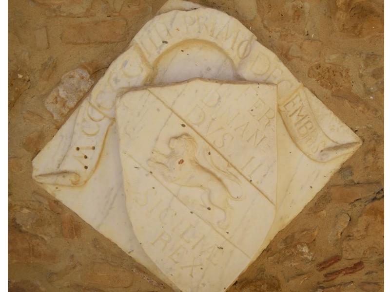 Stemma reale di Ferdinando II d'Aragona a Piazza Armerina Enna